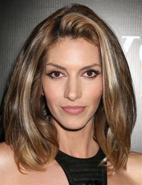 15 Inspirations of Short Medium Haircuts For Thick Hair