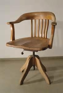 table rabattable cuisine fauteuil de bureau ancien