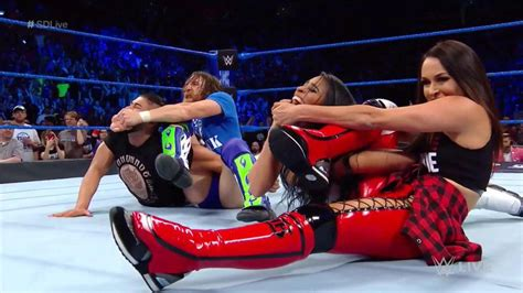 WWE SmackDown Live results, recap, grades: Daniel Bryan ...