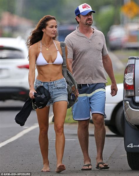 Gerard Butler's girlfriend Morgan Brown wears a white