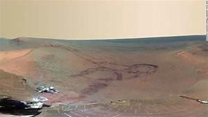 NASA reveals panoramic view of Mars
