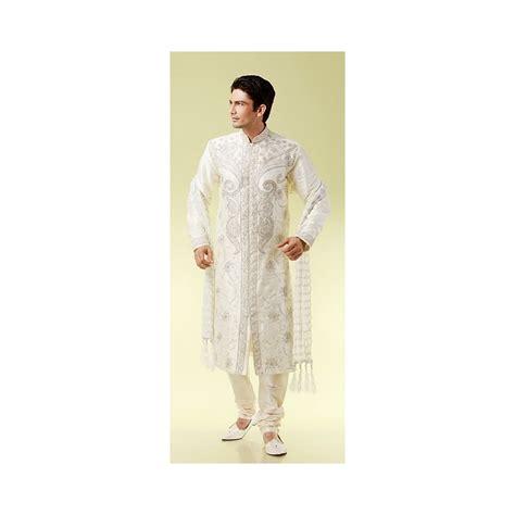 cuisine hindou tenue indienne de marié en blanc traditionnelle blanche