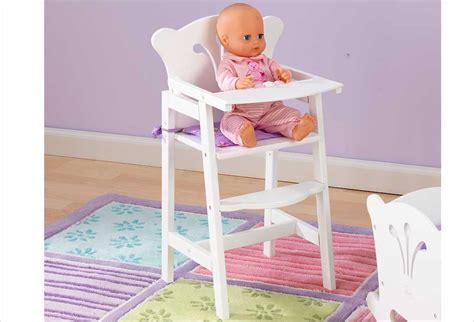chaise haute pour poupee mobilier pour poupon chaise haute blanche en bois pour
