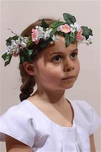 Couronne De Fleurs Mariage Petite Fille : couronne de fleurs communion couronne de fleur fille cort ge mariage ~ Dallasstarsshop.com Idées de Décoration