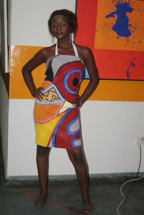 Naomi Duo 2 Gallery
