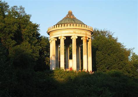 englischer garten münchen pavillon rundtempel