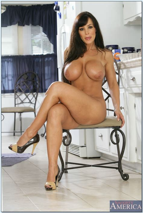 Gorgeous milf lisa ann Strips Her big tits And Butt From Lacy Lingerie