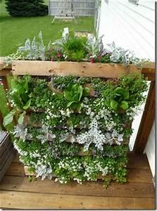 DIY Vertical Pallet Garden Wooden Pallet Furniture