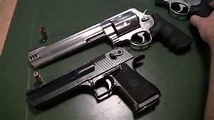 Desert Eagle .50AE Versus Smith&Wesson 500 Magnum - YouTube