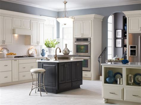 kitchen decoration using light grey kitchen wall paint