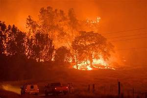In Pictures: California Wildfire Threatens Historic Gold ...