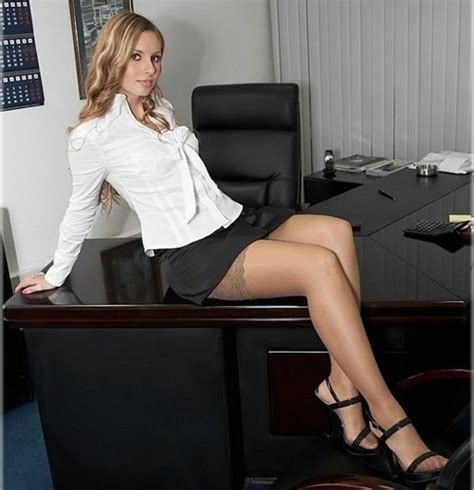 Upskirt Downblouse Officesex New Porn