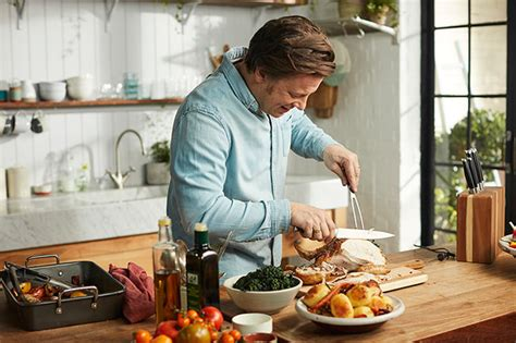 Jamie Oliver And Wife Jools' Favourite Family Meal Revealed