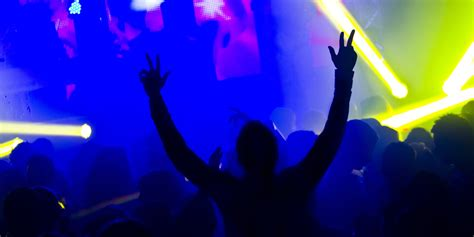 Teen Loses Part Of Finger At Rave, Keeps On Ravin' Huffpost