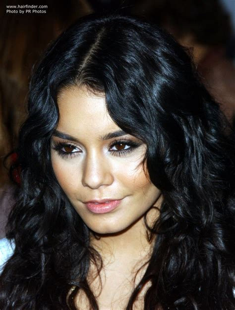 Wavy Hairstyles Pictures by Hudgens Wavy Hairstyle With Elements