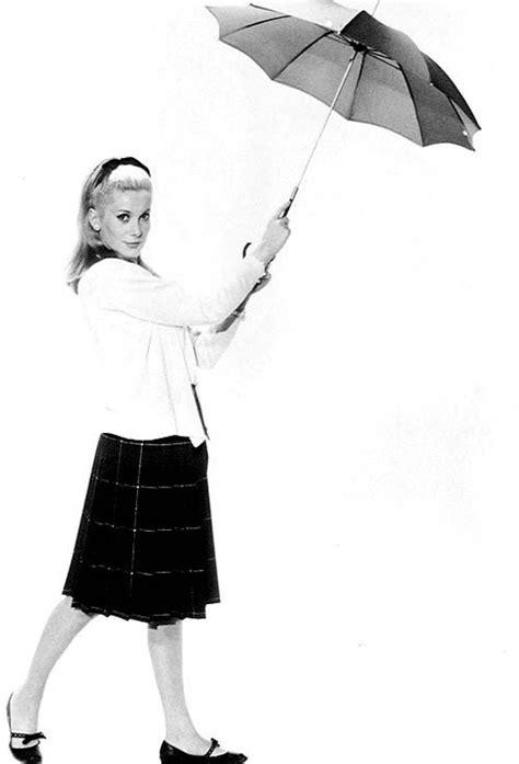 paraguas de cine film umbrellas images