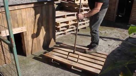 comment fabriquer un bureau en bois fabriquer un treteau en bois maison design bahbe com