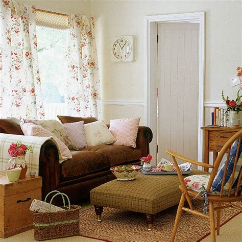 Small Room Office Ideas, Vintage English Living Room
