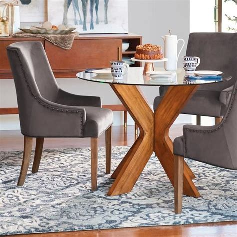 A round glass coffee table adds interesting dimensions into a room filled with furniture. 45 Classy Round Glass Coffee Table Designs Ideas For ...