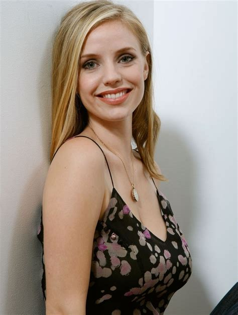 kelly stevens actress kelli garner wiki height age measurements net worth
