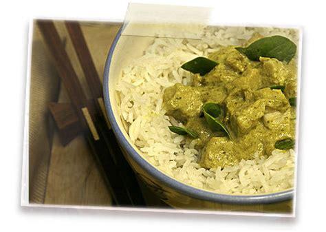 cuisine poulet curry vert poulet au curry vert et aux feuilles de citron kaffir