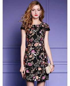black embroidered floral bodycon dress for wedding guest With bodycon wedding guest dresses