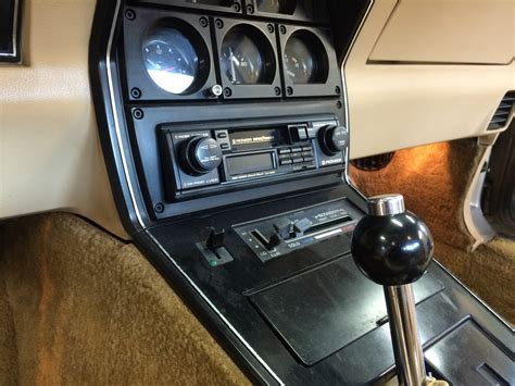 blossom installations  chevrolet corvette stereo