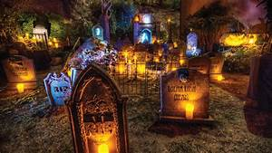 houses of horror 3 halloween haunts designed by top la With decoration d halloween exterieur