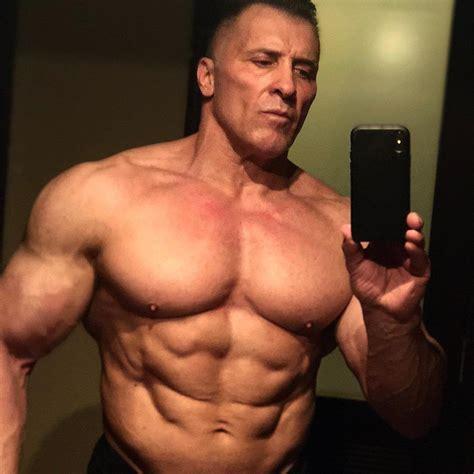 Milos Sarcev's Current Physique : bodybuilding