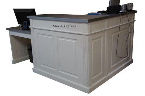 meuble bas d angle cuisine comptoir de boutique en angle sur mesure