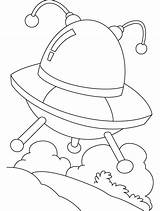 Coloring Ufo Pages Colouring Flying Objects Saucer Omelet Print Template Unidentified Sightings Printable Getcolorings Popular Meetings sketch template