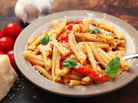 easy cuisine fast and easy pasta with blistered cherry tomato sauce