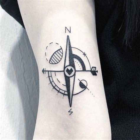 minimal style compass tattoo tattoogridnet