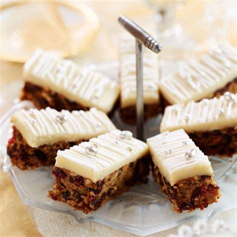 christmas cake tray bake woman  home