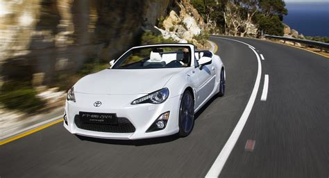 convertible toyota toyota 86 convertible concept revealed photos 1 of 9