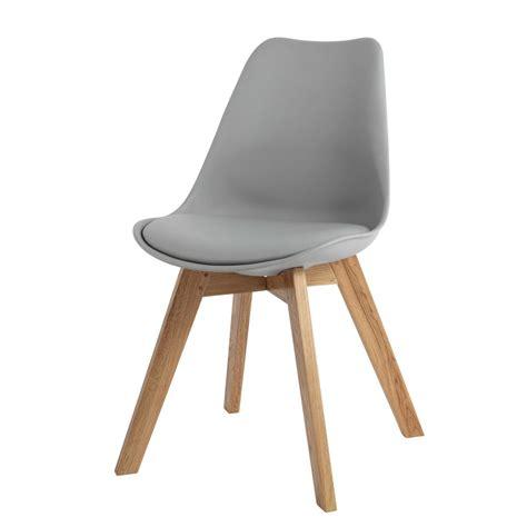 maisons du monde chaises chaise en polypropylène et chêne grise maisons du monde