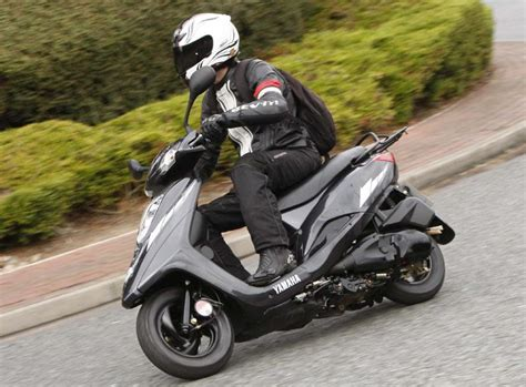 yamaha scooter 125 yamaha vity 125 2008 on review mcn