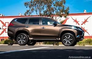 Mitsubishi Shogun : 2016 mitsubishi pajero sport seven seat review performancedrive ~ Gottalentnigeria.com Avis de Voitures