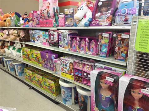 bargain hunt discount retail chain  open  northern
