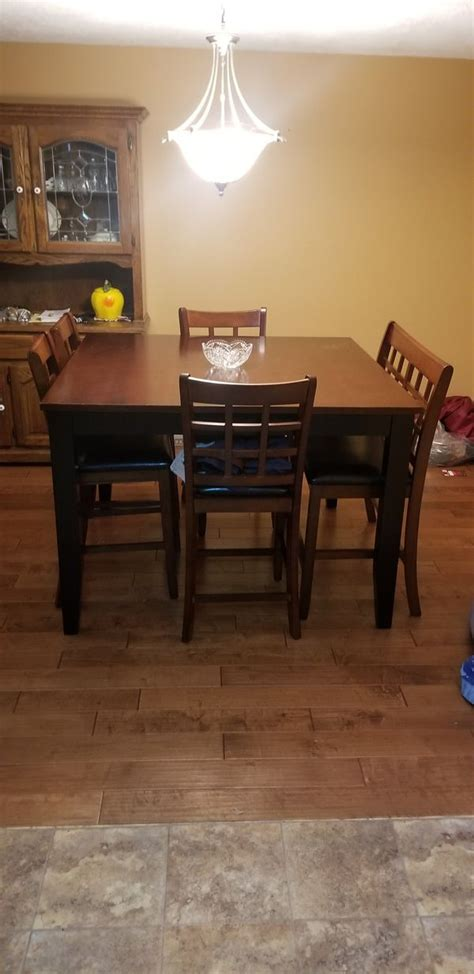 dining room bar style table  sale  vancouver wa offerup
