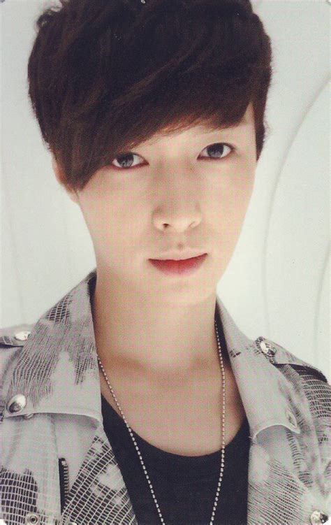 kpop scans exo mk lay  sehun membercard autograph