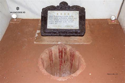 wisata lubang buaya jakarta tempat wisata indonesia