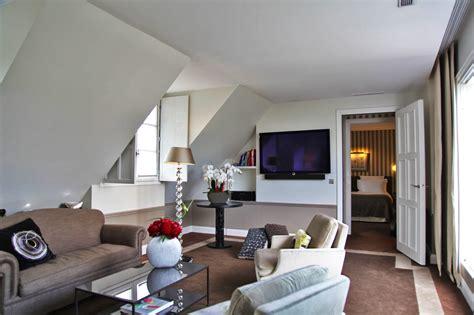 hotel belgique avec dans la chambre jf partageraient appartement hôtel le burgundy