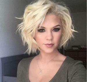 Coupe Cheveux Asymétrique : coiffures coupe asym trique cheveux blonds boucl s maquillage aux yeux marrons ~ Melissatoandfro.com Idées de Décoration