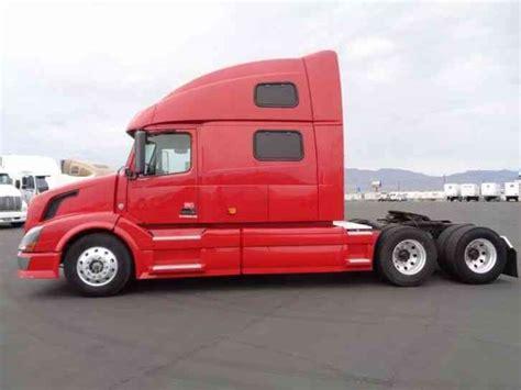 volvo 870 truck volvo 780 2007 sleeper semi trucks