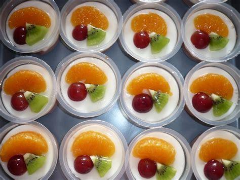 Aneka puding dari buah banyak anda temui di aplikasi ini, anda bisa belajar maupun membuat puding buah. Resep Masakan Pudding Buah Enak dan Lezat, Cara Membuat ...