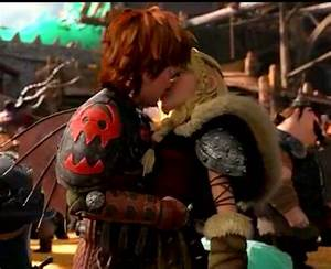 How to train your dragon 2 Astrid + Hiccup kiss ...