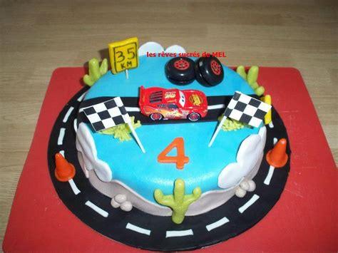 birthday cars g 226 teau cars p 226 te d amande id 233 es g 226 teaux voitures anniversaire
