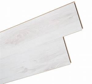Laminat Weiß Gekalkt : test bodenbel ge laminat laminat depot laminat 7 mm 7002 eiche wei sehr gut ~ Markanthonyermac.com Haus und Dekorationen