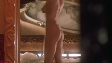 Jamie Lee Curtis Nude Showing Off Her Perfect Body 67 Pics